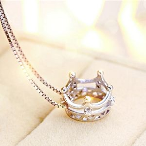 NEW 925 STERLING SILVER PLATED CROWN NECKLACE